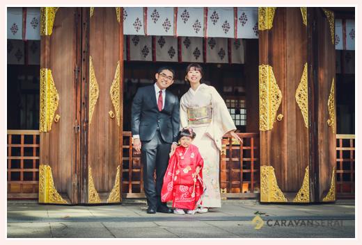 若宮八幡社(名古屋市中区)で七五三 年賀状用家族写真 集合写真