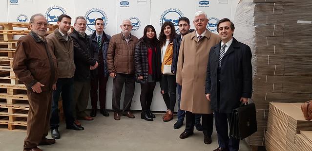 Alumnos de la USAL participantes en la iniciativa 'Auditori por un día' en el Banco de Alimentos de Salamanca.