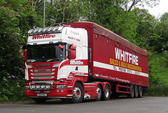 Whitfire W32 OCC At Welshpool