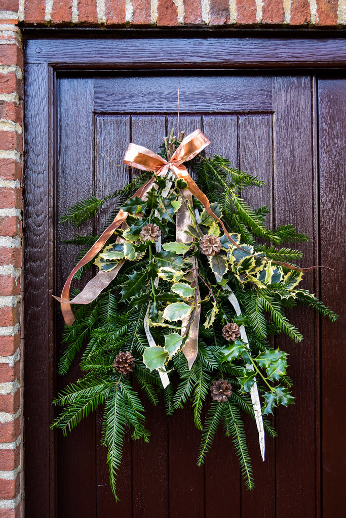 DIY Christmas Door Swag