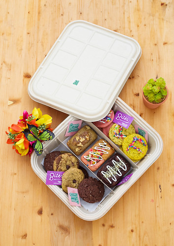 BIO-TRAY FREE DELIVERY  by Green Bites Cookies