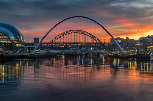 tyne river reflections sunset