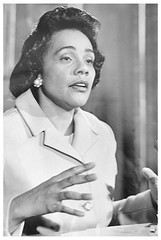 Coretta King warns of repression; calls for militance: 1970