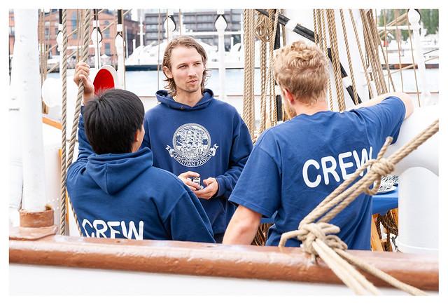 Christian Radich crew