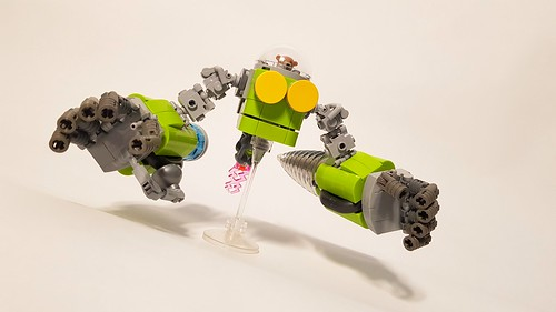 LEGO Teddy Bear's Alien Robot Digger