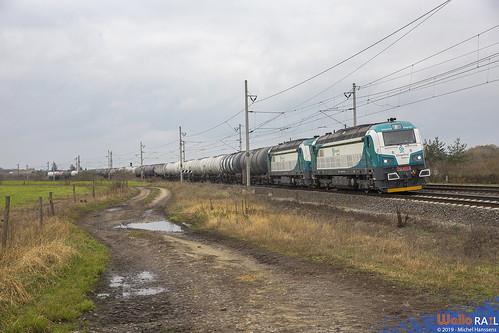753 611 + 753 606 . Unipetrol Doprava . Záluží . 08.11.19.