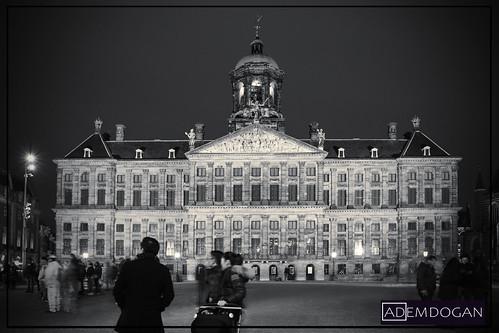 paleisopdedam amsterdam hollanda nederland netherlands niederlande noordholland travel streetphotography sunset cityscape city europa europe avrupa bw sw sb longexposure canoneos700d