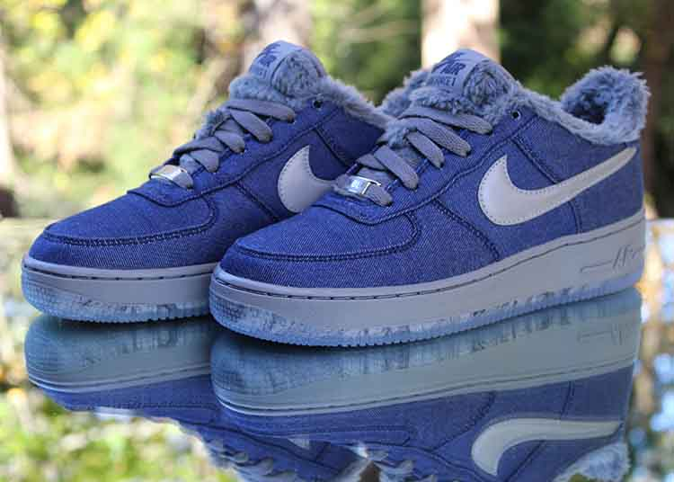Nike Air Force 1 Low Werewolf GS Size