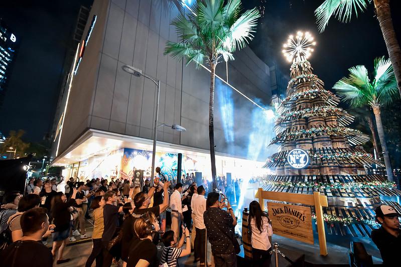 Jack Daniel's Holiday Barrel Tree Lighting Event (6)