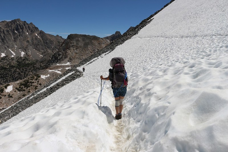 So many people hike this trail over Glen Pass that the snow traverse was almost a snow trench!