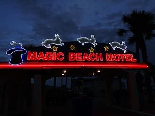 FL, Vilano Beach-Magic Beach Motel Neon Sign_b
