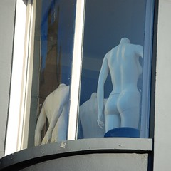 The Secret/Public Life of Mannequins