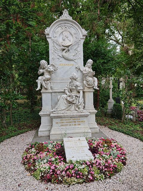 Robert Schuman Grave