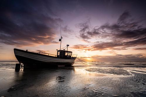 essex thorpebay boat sunset thames clouds caviardreams pastfeaturedwinner