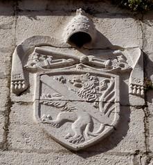 Zadar (Croacia). Catedral de Santa Anastasia. Torre. Escudo
