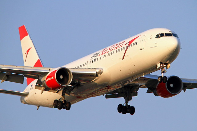 OE-LAT Austrian Airlines Boeing 767-31A/ER