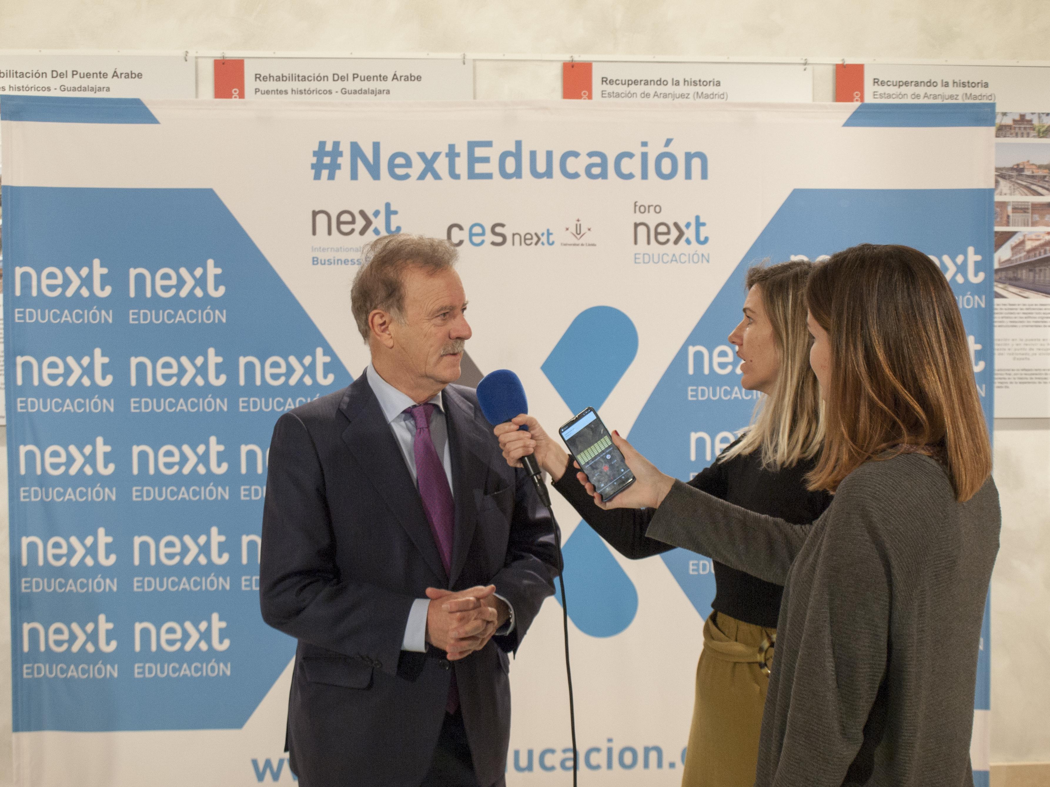 """XXIX Foro Next Educación: """"La nueva piel política de España"""""""