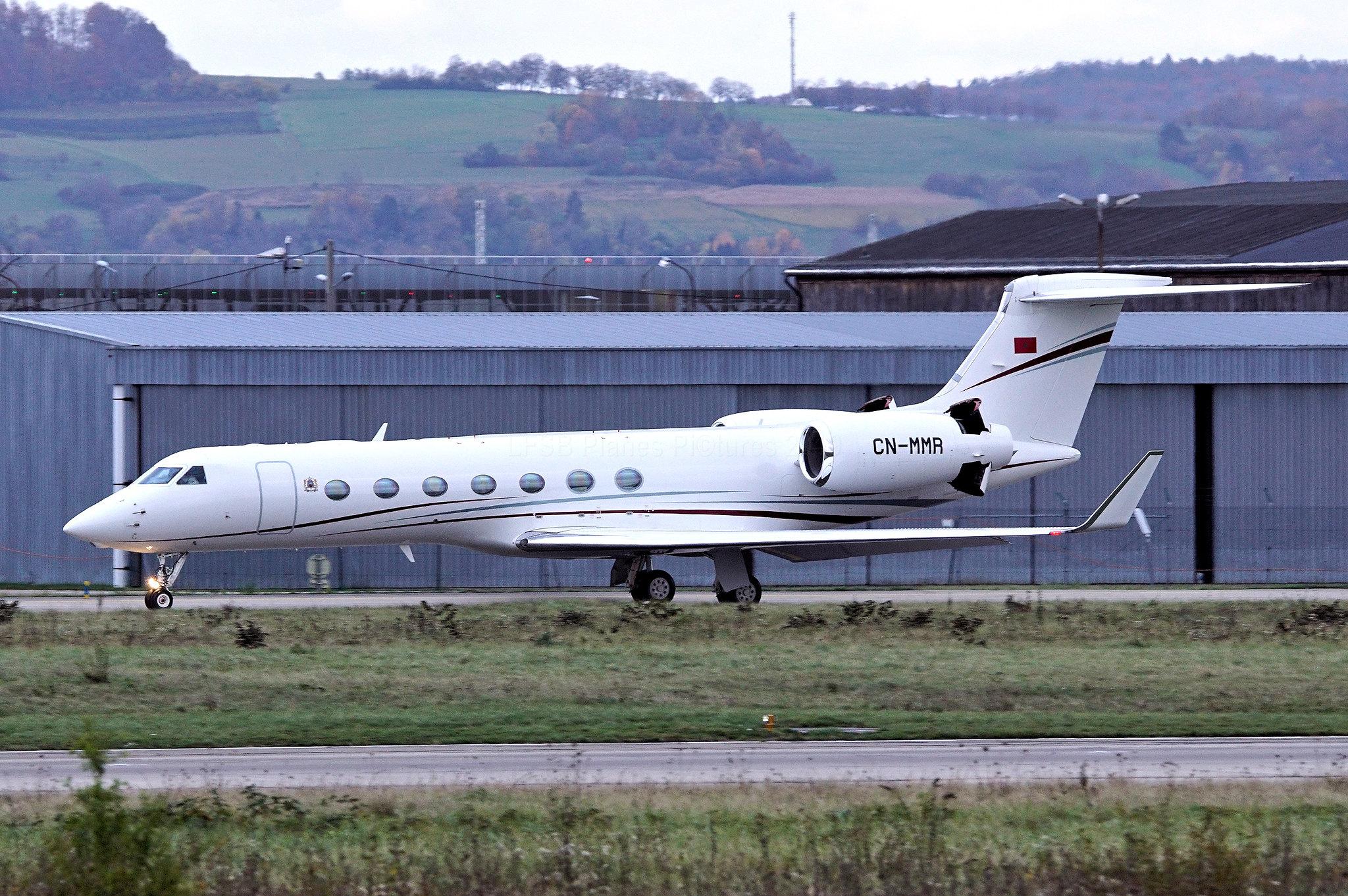 FRA: Avions VIP, Liaison & ECM - Page 23 49064267768_d925eddf2e_k