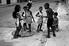 Niños jugando en Centro Habana
