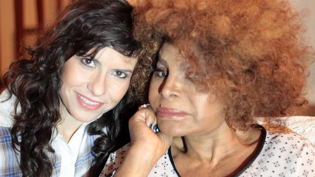 07 diretora Elizabete Martins Campos e a estrela do filme Elza Soares