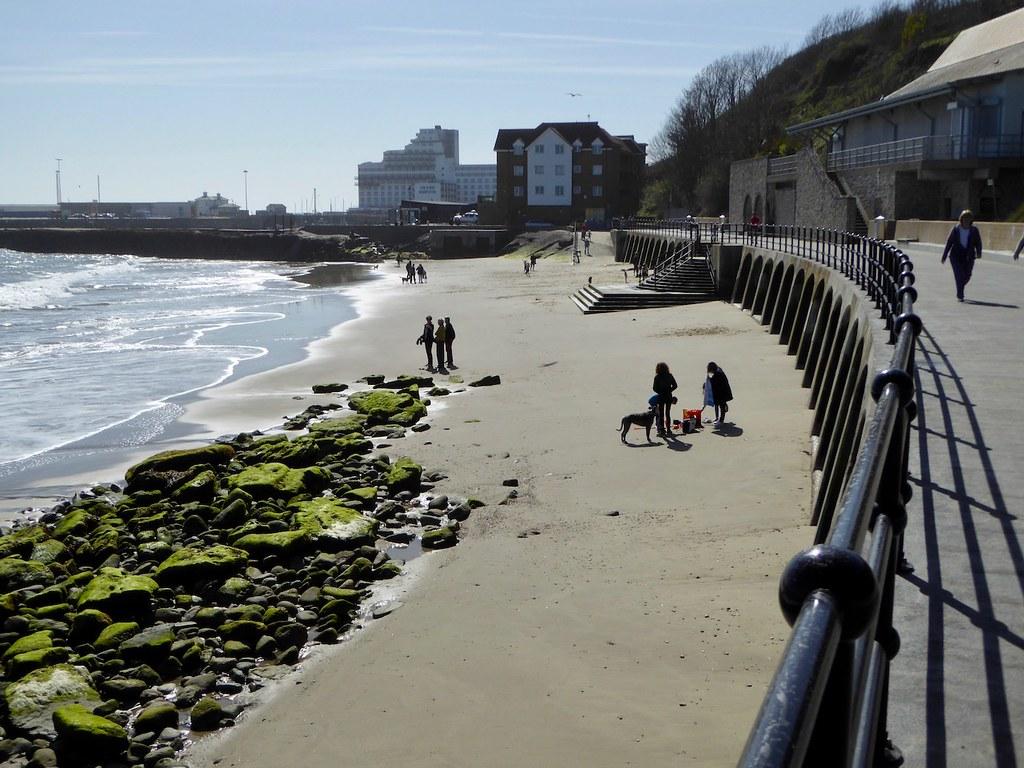 Sunny Sands beach, Folkestone Folkestone to Dover walk