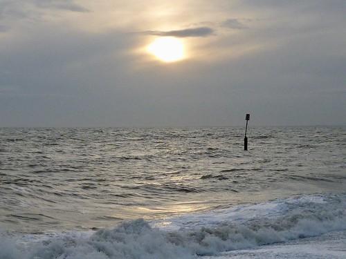 Moody sea, Sandgate