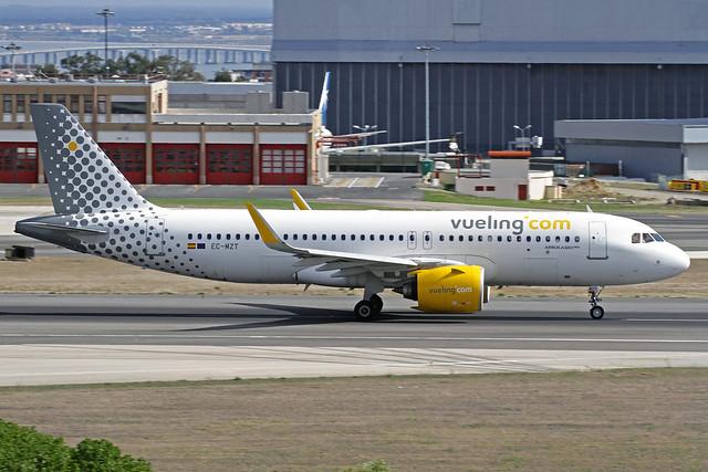 Vueling Airbus A320-271N EC-MZT LIS 16-10-19