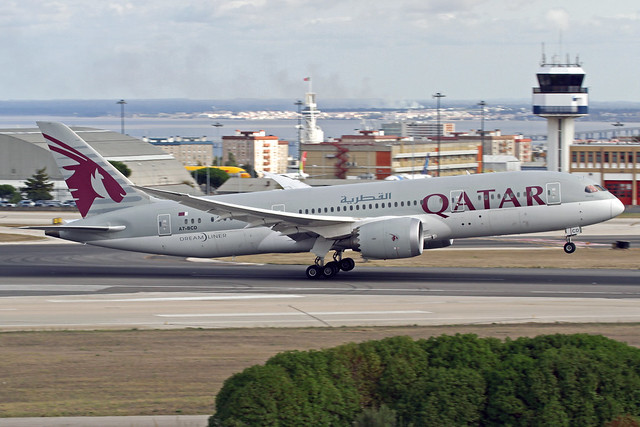 Qatar Airways Boeing 787-8DZ A7-BCD LIS 16-10-19