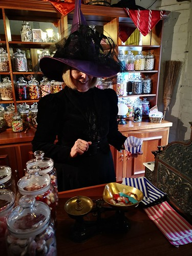 Witchy sugar delights