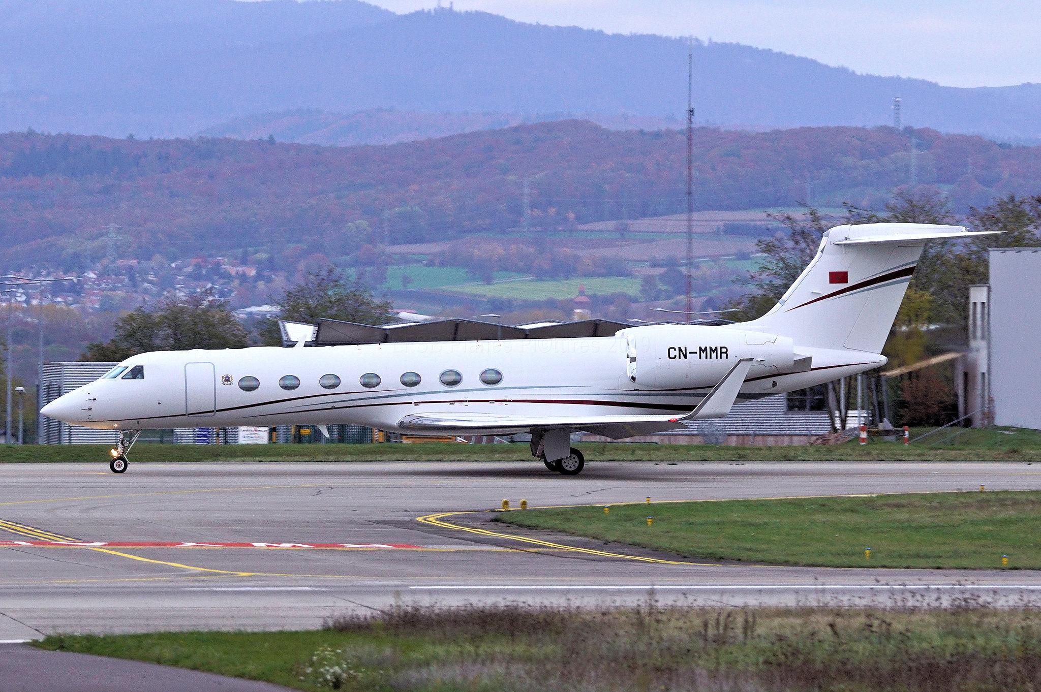 FRA: Avions VIP, Liaison & ECM - Page 23 49064995952_12a71af6d4_k