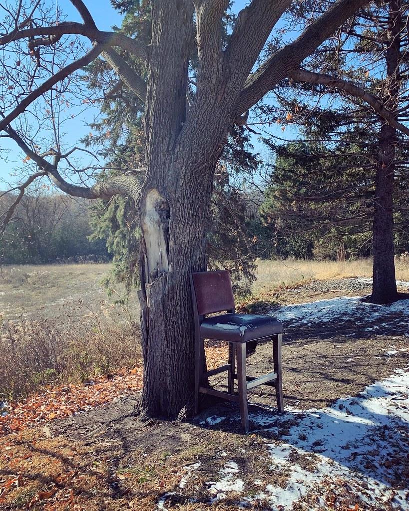 Abandoned barstool