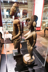 African statues showing ritual scars