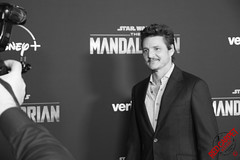 Pedro Pascal at the Special Fan Screening of The Mandalorian at the El Capitan Theatre in Hollywood - DSC_0637