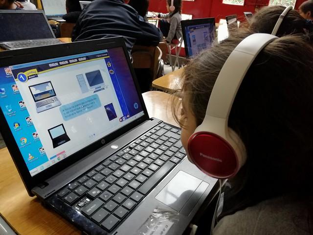 """1º Año Básico A: """"Trabajo con LIbro Digital de Tecnología"""""""