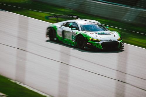 Audi R8 LMS GT3 Photo