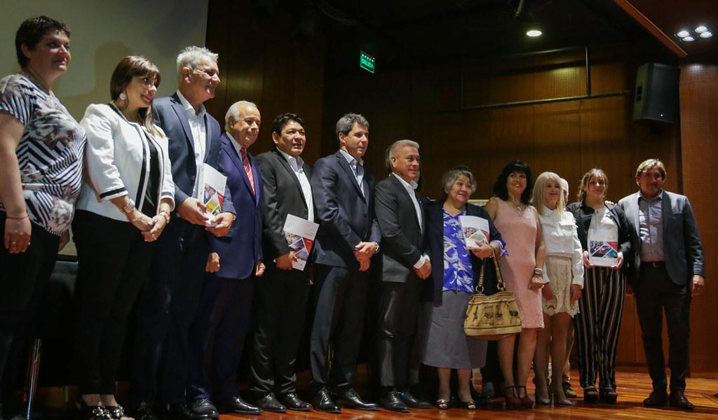 2019-11-14 PRENSA: Presentación y Entrega de los Planes Estratégicos  de los Departamentos de Angaco, 25 de Mayo, Sarmiento, Ullúm y Zonda, en el marco del  Plan Estratégico San Juan 2030