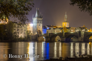 Prag _ Karlsbrücke bei Nacht