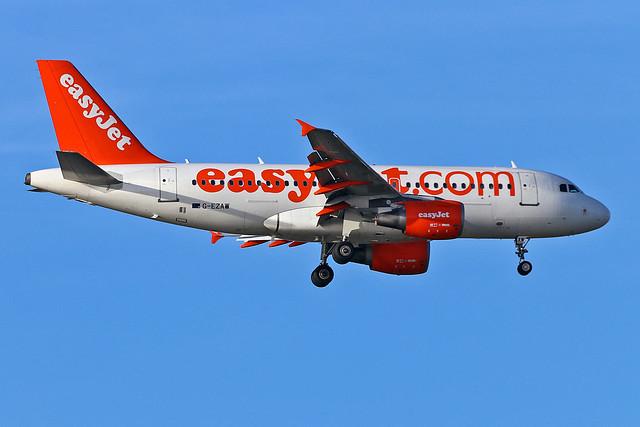 G-EZAW Airbus A.319-111 easyJet AGP 18-10-19