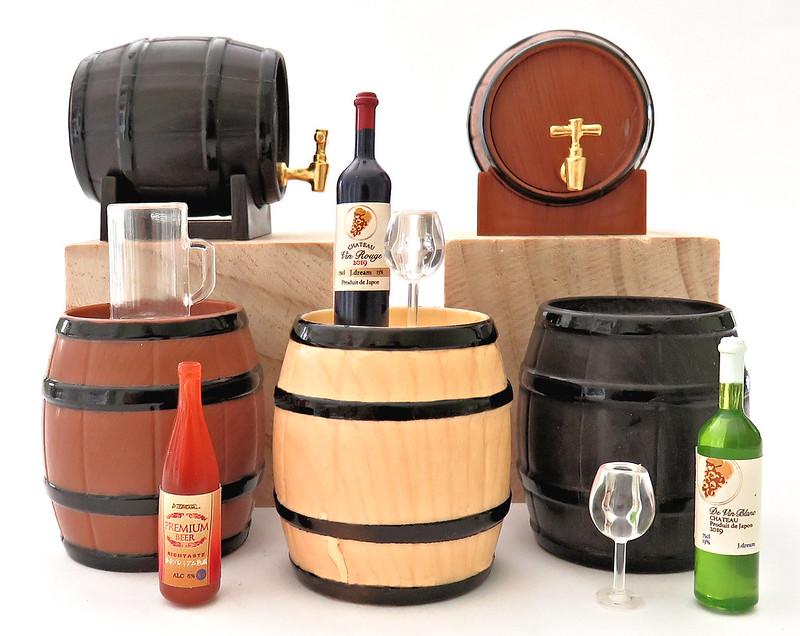 J Dream Barrel & Alcohol Mascot Set