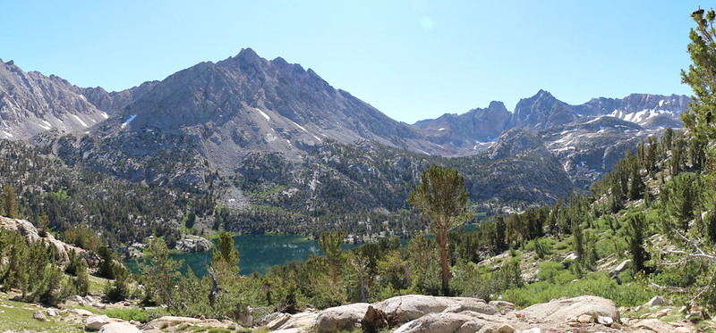 Black Mountain and Dragon Peak over the Rae Lakes Basin form the 60 Lakes Trail