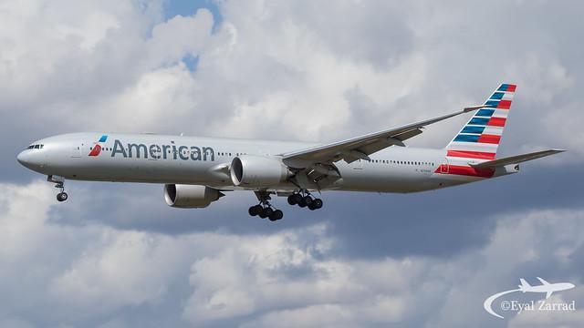 LHR - American Airlines Boeing 777-300 N734AR