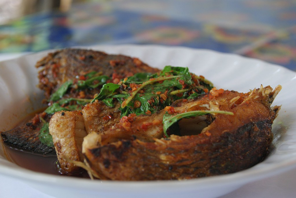 fried-fish-with-chilli-4388141_1920