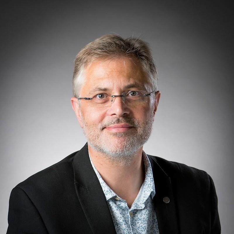 Head shot of Professor James Turner
