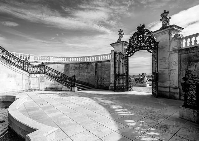 Schlosshof VII
