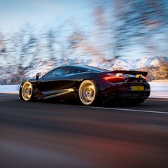 720S / FH4