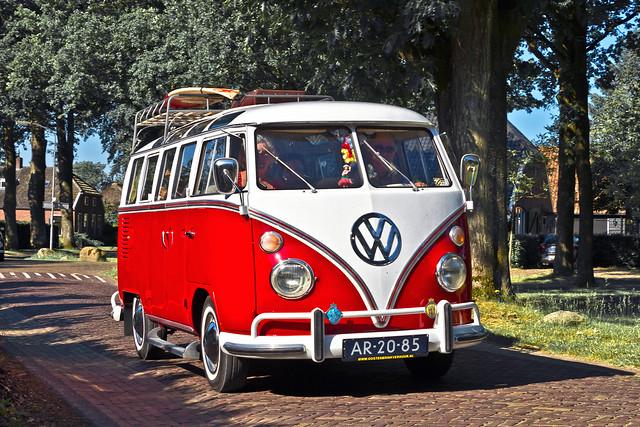 Volkswagen Typ 2 Microbus Deluxe (Samba) 1965)