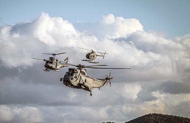 Grupo de helicopteros Armada Española