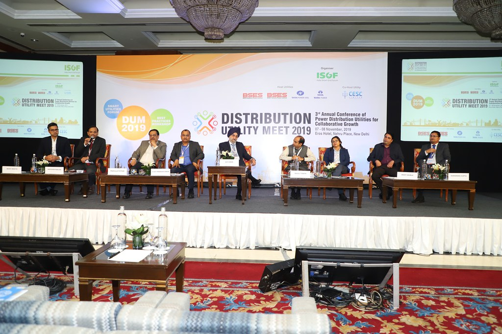DUM 2019: DAY 2: SESSION 4 -VOICE OF THE CUSTOMER IN THE DIGITAL ERA