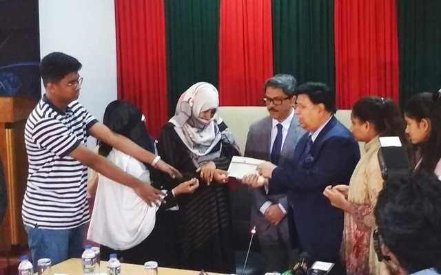 5450 Bangladeshi crane crash victims receive SR 1 million each