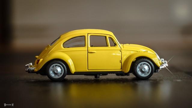 Yellow - 7711